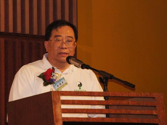 香港道教聯合會主席梁德華道長獻辭