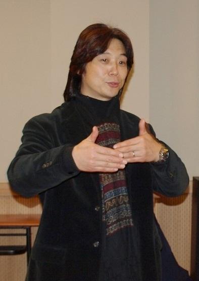 上海音樂學院教授 -  劉紅